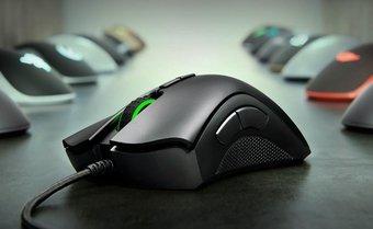 myszka gamingowa z bocznymi przyciskami Razer